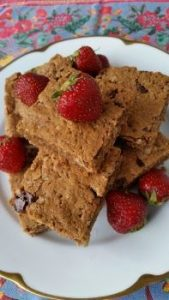 A Satisfying and Gluten Free Recipe for Chocolate Oat Bars